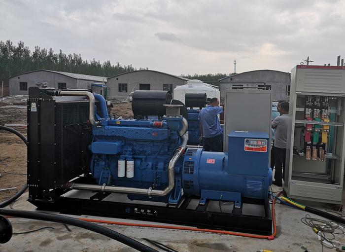 2台玉柴柴油发电机组发往高唐县、大型养殖场备用电源1.jpg